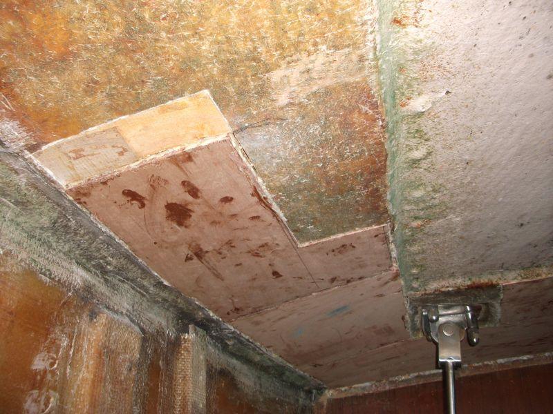 reparacion balsa pasillo babor con contraplacado y puliuretano